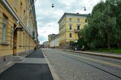 W ulicach piękny Europejski miasto Helsinki - zdjęcie stock