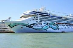 W Wenecja wakacyjny luksusowy statek Obrazy Stock
