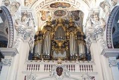 W świacie wielki organ Fotografia Stock