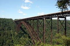 Wąwozu nowy Rzeczny Most Zdjęcia Stock