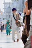 W Złotej Świątyni sikhijski odprowadzenie, Amritsar zdjęcie stock