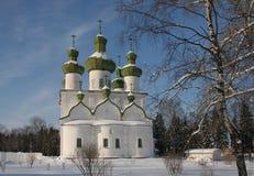W zima rosyjski kościół Fotografia Stock