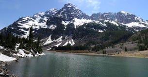 Wałkoni się Dzwony i Krater jezioro zdjęcia royalty free