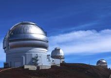 Waarnemingscentra bovenop Mauna Kea Stock Afbeelding