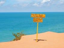 Waarschuwing in het strand Royalty-vrije Stock Afbeelding