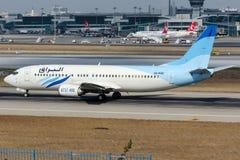 5A-WAC Buraq Lufttransport, Boeing 737-4B6 Lizenzfreie Stockbilder