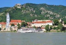 wachau för Österrike danube duernsteindal Arkivbilder