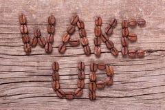 Wachen Sie Wörter vom Kaffee auf stockfoto