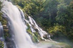 Wachiratarn瀑布, Inthanond国家公园,泰国 免版税库存图片