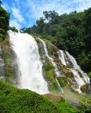 Wachirathan-Wasserfall (Thailand) Lizenzfreies Stockfoto