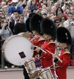 Wacht die, Londen verandert Royalty-vrije Stock Afbeeldingen