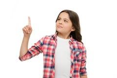 Wacht een Minuut Meisje die upwards wijsvinger richten De kindwaarschuwing of vraagt om aandacht Nadenkende meisjes toevallige ui Stock Afbeeldingen