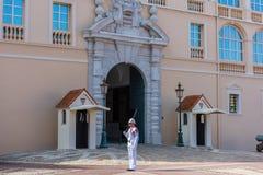 Wacht op plicht bij woonplaats van prins van Monaco, Europa Royalty-vrije Stock Afbeelding
