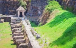 """Wachthuisje in de yard van Castello oude kasteel van Ursino †het """"in Catanië, Sicilië, Zuidelijk Italië royalty-vrije stock afbeelding"""