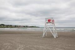 Wachturm auf dem leeren Strand in Middletown, Rhode Island, USA Lizenzfreies Stockfoto