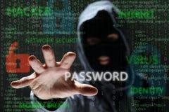 Wachtwoord van het hakker stealing netwerk royalty-vrije stock afbeeldingen
