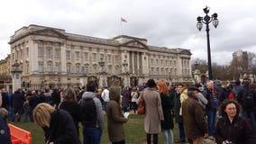 Wachwechsel Buckingham Palace London, Großbritannien Lizenzfreie Stockfotografie