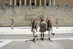 Wachwechsel der Ehre am griechischen Parlament, Athen, Griechenland, 06 2015 lizenzfreies stockbild
