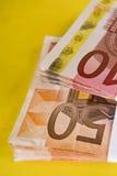 Wad delle banconote Immagini Stock