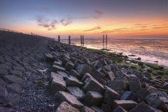 Waddendyke på ön av Terschelling i Nederländerna Arkivbilder