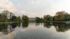 Wade Park Lagoon met beroemd Art Museum royalty-vrije stock fotografie