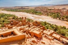 Wadi Asuf Ounia pod Ksar Ait Ben Haddou Zdjęcia Royalty Free