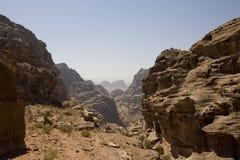 Wadi e canyon vicino a PETRA Giordano Fotografia Stock