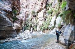 Wadi Hasa liten vik i Jordanien Royaltyfri Fotografi