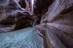 Wadi Mujib, un bello canyon nel territorio della Giordania Fotografie Stock Libere da Diritti