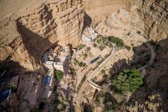 Wadi Qelt no deserto de Judean em torno de St George Orthodox Monastery fotos de stock royalty free