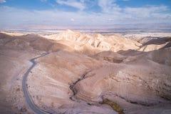 Wadi Qelt no deserto de Judean em torno de St George Orthodox Monastery imagens de stock royalty free