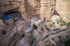 Wadi Qelt no deserto de Judean em torno de St George Orthodox Monastery fotografia de stock