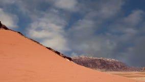Wadi Rum Desert, Jordânia, Médio Oriente video estoque