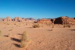 Wadi Rum, la vallée de la lune, Aqaba, Jordanie, Moyen-Orient Images libres de droits