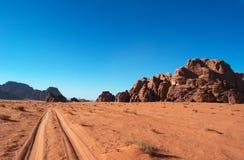 Wadi Rum, o vale da lua, Aqaba, Jordânia, Médio Oriente Fotografia de Stock Royalty Free