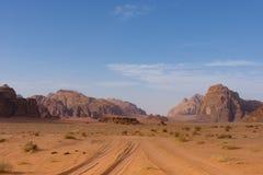 Wadi Rum Road Imagens de Stock