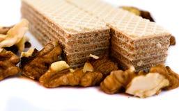 Wafel met wafeltje van het okkernoten het zoete dessert stock afbeelding
