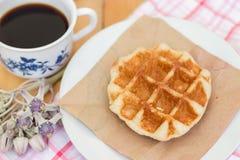 Waffel und Kaffee Lizenzfreie Stockbilder