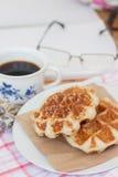 Waffel und Kaffee Stockfotos
