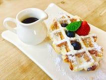 Waffle на плите Стоковая Фотография