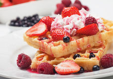 Waffle with fresh fruit and cream Royalty Free Stock Photos