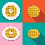 Waffle mit Eiscreme auf Platte in der flachen Art Stockfoto