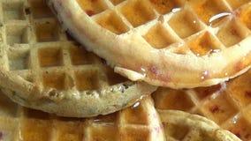 Waffles, еда завтрака видеоматериал