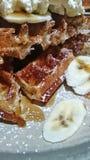 Waffles и сливк стоковое изображение