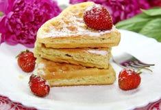 Waffles и ягоды Стоковые Фотографии RF