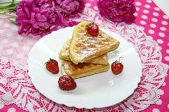 Waffles и ягоды Стоковое Изображение
