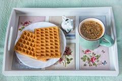 Waffles, кофе и молоко Стоковые Фото