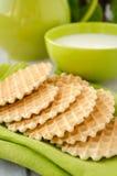 Waffles на крупном плане салфетки зеленой таблицы Стоковые Изображения RF