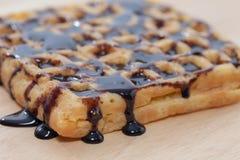 waffles расплавленные шоколадом Стоковое Фото