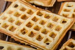 Waffles с бананами, гайками и шоколадом Стоковая Фотография